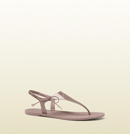 5537d1f84 Gucci - katina rubber thong sandal 315934J87006812 on Lifeistry